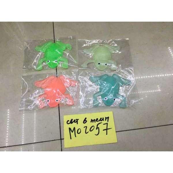 Тварини гумові-тягучки M02057 (720шт) жабка, світло в темряві, кольору мікс, в пакеті